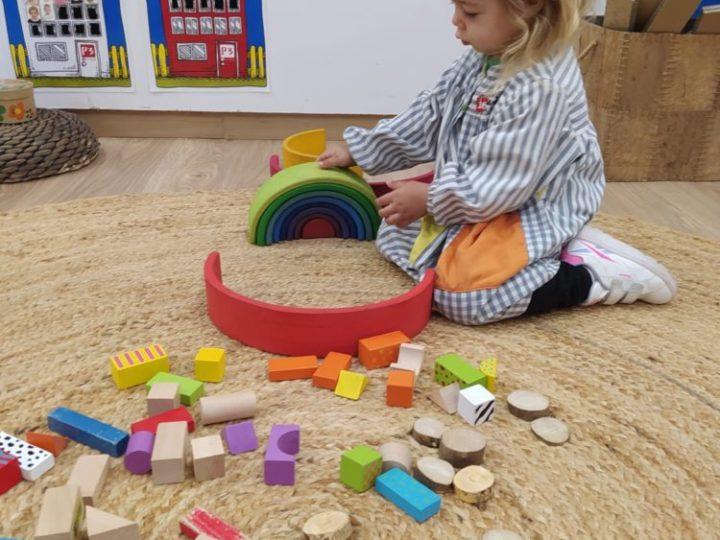 Descobrim els racons d'aprenentatge de la Caseta
